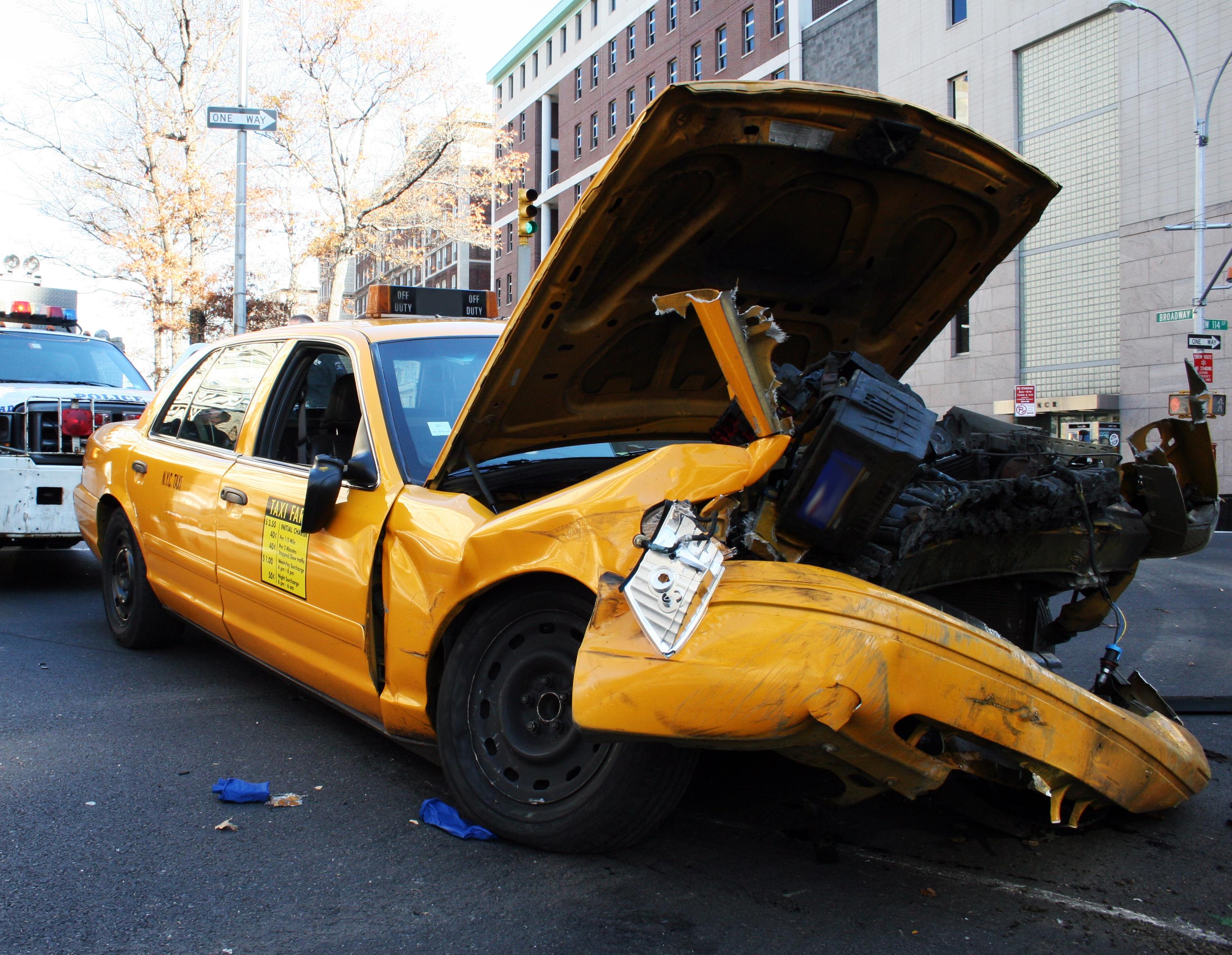 Taxi Unfall; Verletzungen im New York Taxi